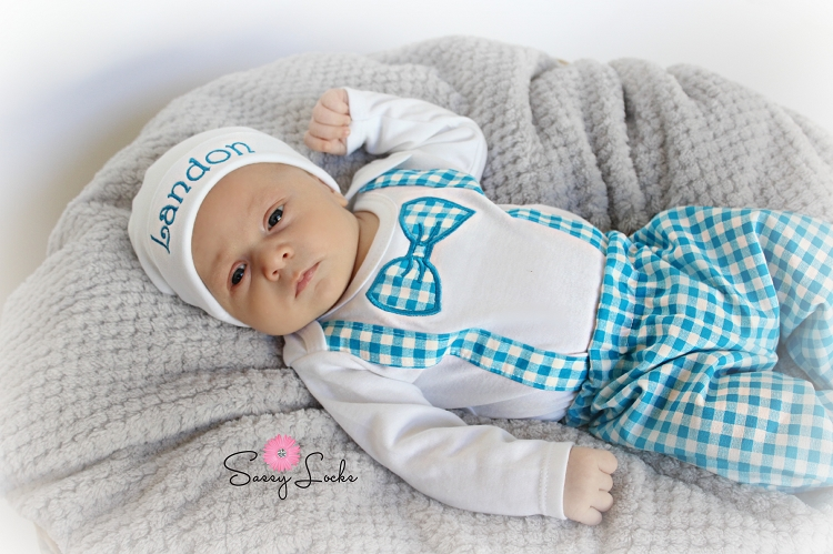 Short or Long Sleeve Monogrammed Bow Tie and Suspenders Bodysuit Baby Shower Gift Trendy Baby Boy Clothes Birthday Boy Shirt