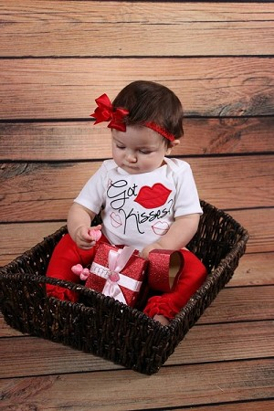 Baby Girl Clothes Valentine's Day Bodysuit  Got Kisses